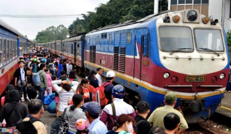 Trains Vietnam